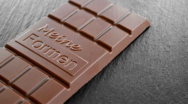 Chocolate with logo - the ideal advertising medium